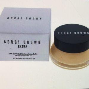 Bobbi Brown extra tinted moisturizing